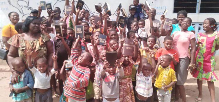 Patrick Quainoo Global Ministries donates Bibles to orphans